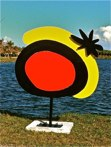 España Miro inverso<br />Steel sculpture made by Jaime Angulo<br />2010<br />Painted<br />Height 8 ft