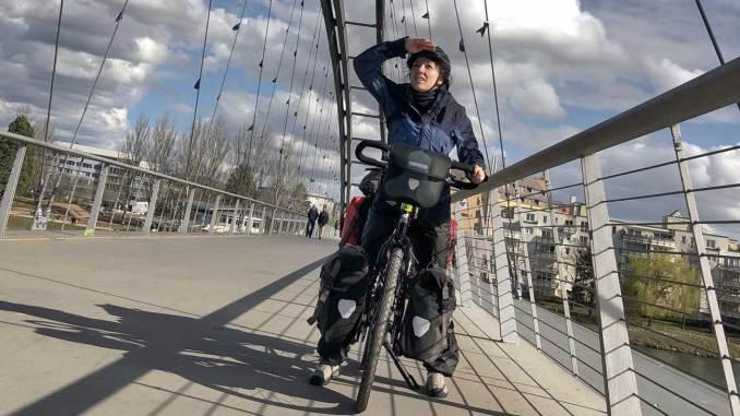 Aurélie Gonet (Direction l'horizon) relie Dijon à Pékin © Aurélie Gonet