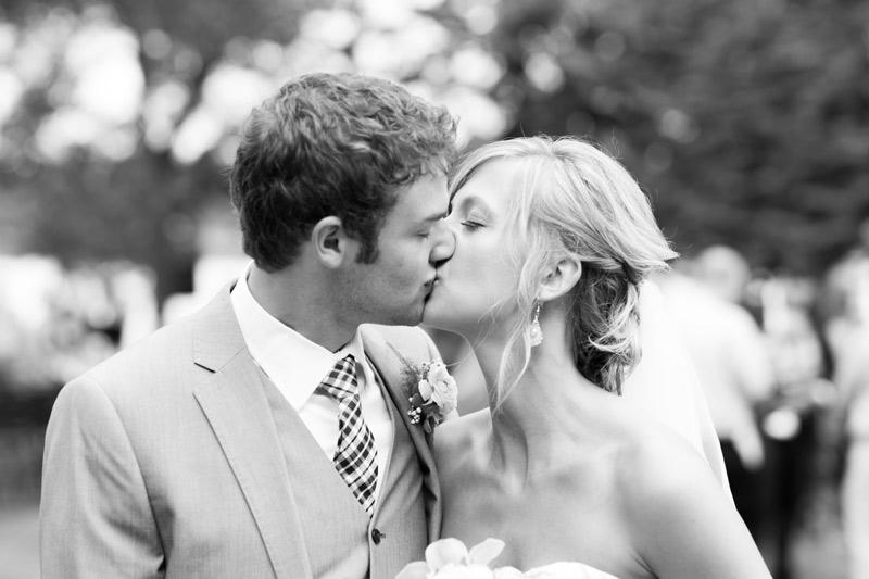 bride-groom-wedding-portraits