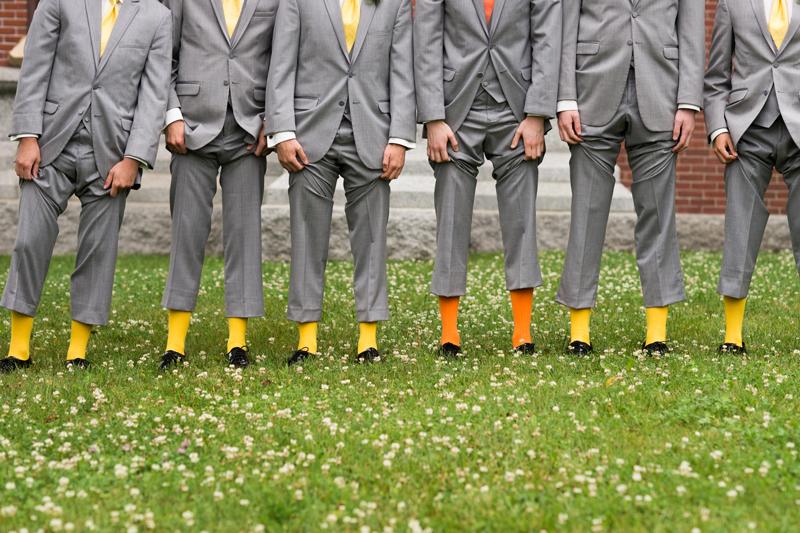 groomsmen-yellow-orange-socks