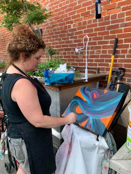 Jaime Haney live painting