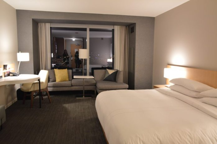 Chicago Blogger Travel Blogger Quiet Travel Anxious Traveler Lifestyle Blogger Food Blogger Wine Blogger Best Hotel in Chicago near McCormick Place Marriott Marquis Chicago