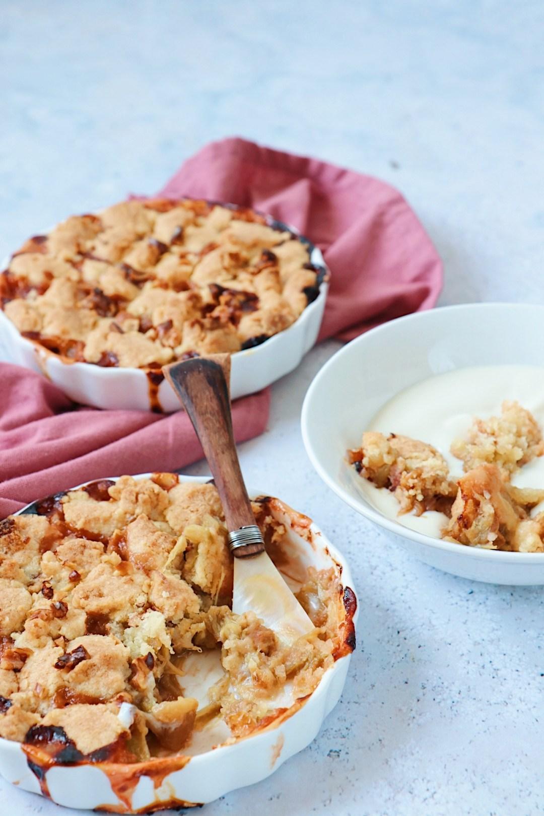 Recept rabarber crumble met walnoten www.jaimyskitchen.nl