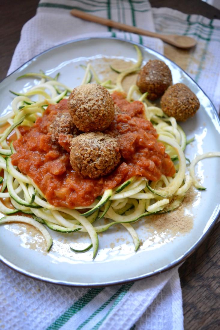 vegan Meatballs Courgetti