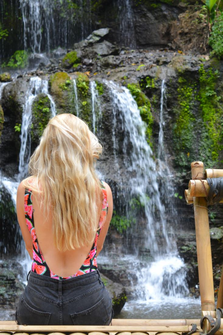 Waterfall Indah Munduk Wanagiri Sukasada