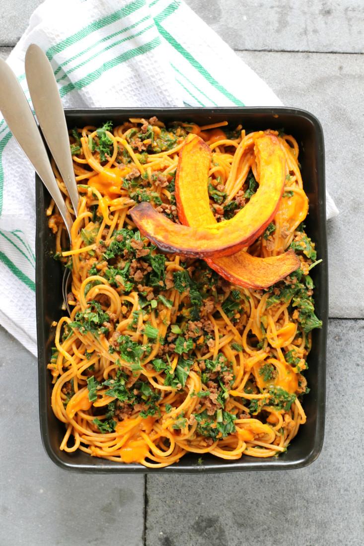Pasta pompoensaus met boerenkool met vegetarisch gehakt www.jaimyskitchen.nl