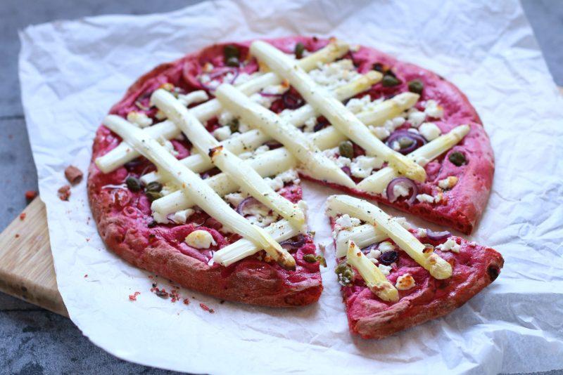 Recept rode bieten pizza met witte asperge www.jaimyskitchen.nl