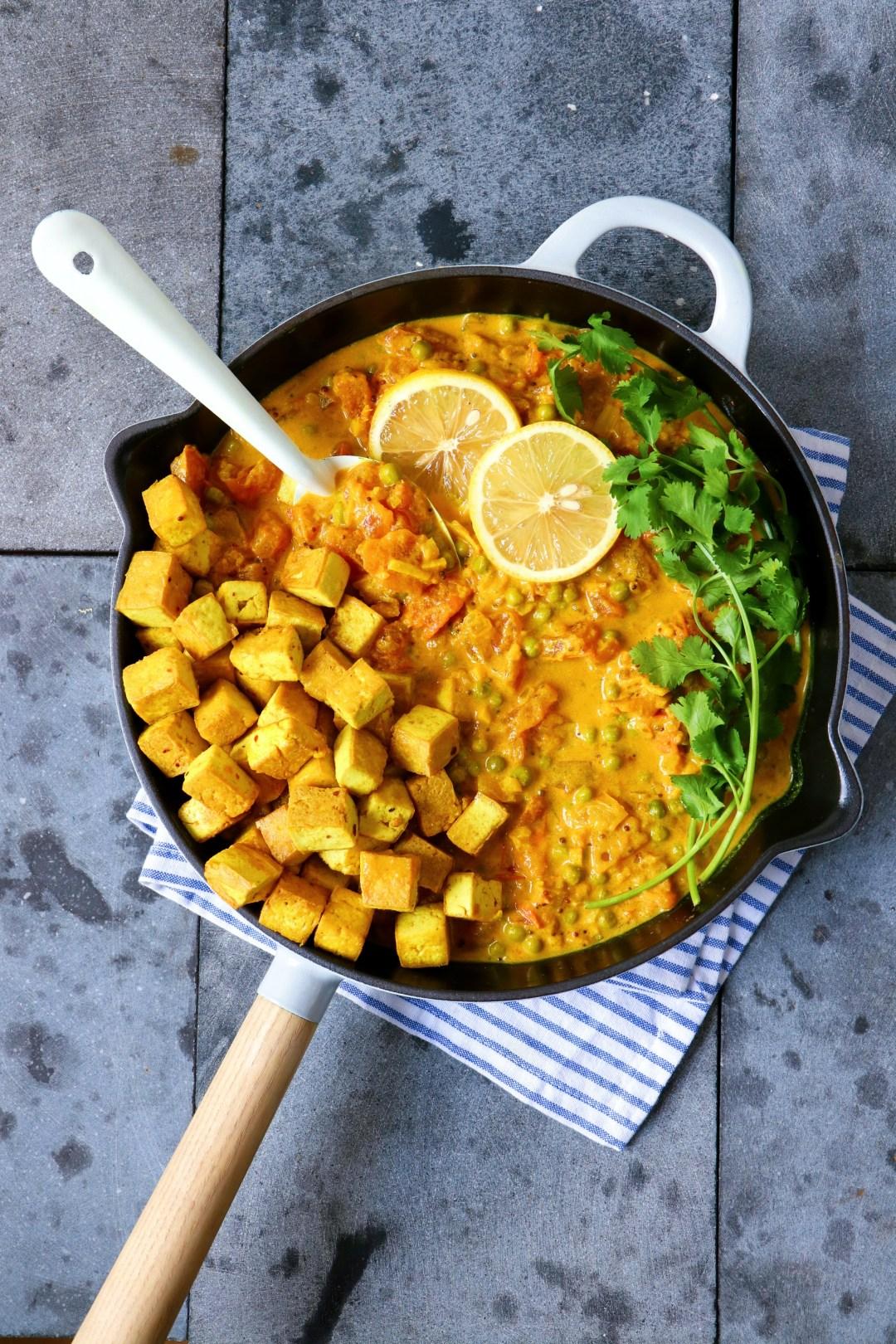 Recept Tofu curry met tomaat www.jaimyskitchen.nl
