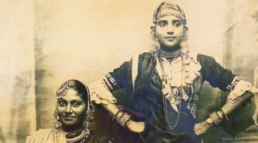 Jeunes indiennes
