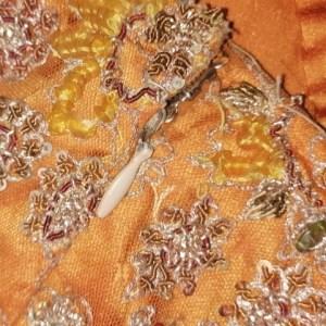 Jupe indienne de cérémonie, détail fermeture