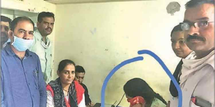 ACB arrests patwari Rasal Kanwar Solanki taking Birbe
