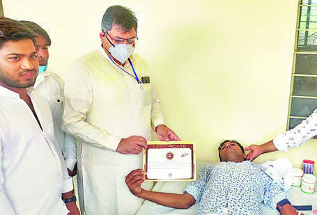 Satish Poonia pays tributes to Thanvi