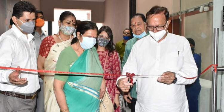 Art and Culture Minister of Rajasthan inaugurates the 'Sustain by Cartist' exhibition