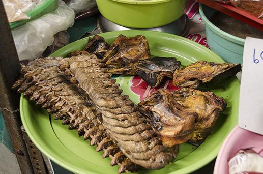 Poisson séché - marché de Lampang