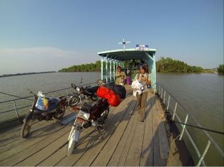 J'ai appris à faire de la moto à Ho Chi Minh - Vietnam - Tour du Monde (6)