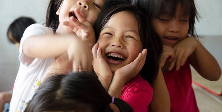 Ensemble - Orphelinat DI An - Vietnam