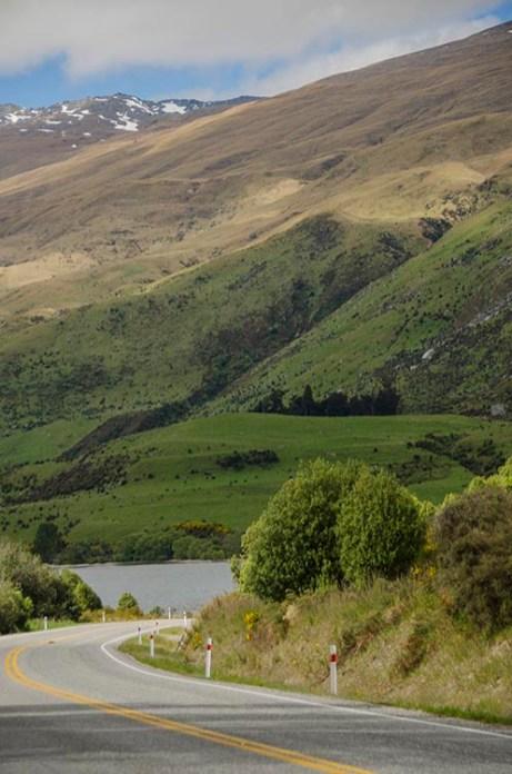 La route vers Queenstown - Nouvelle Zélande - Jaiuneouverture Tour du Monde copy