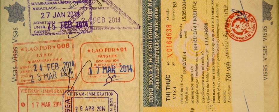 1 an de voyage en chiffres - Couverture