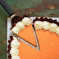 No-Bake Chocolate-Crust Thai Tea Cheesecake