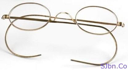 Mahatma Gandhi's rounded glasses (spectacles)