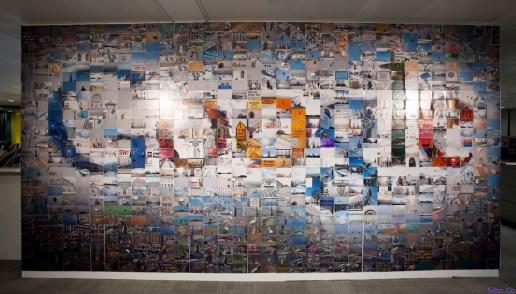 The Google Logo in 884 4×6 Photographs