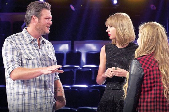 Blake Shelton and Taylor Swift on The Voice