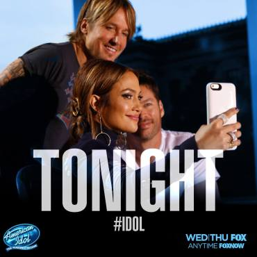 "Jennifer Lopez takes a selfie with Keith Urban and Harry Connick, Jr. on the ""Idol"" set. (Photo & graphic property of FOX, FremantleMedia North America & 19 Entertainment)"