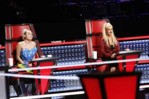 "Miley Cyrus advises as ""The Voice: Season 10"" Knockouts continue"
