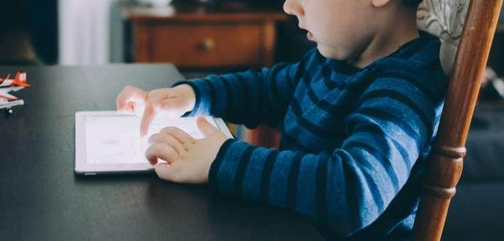 tani tablet dla dziecka