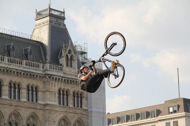 Co to jest rower BMX? Zasady doboru roweru BMX