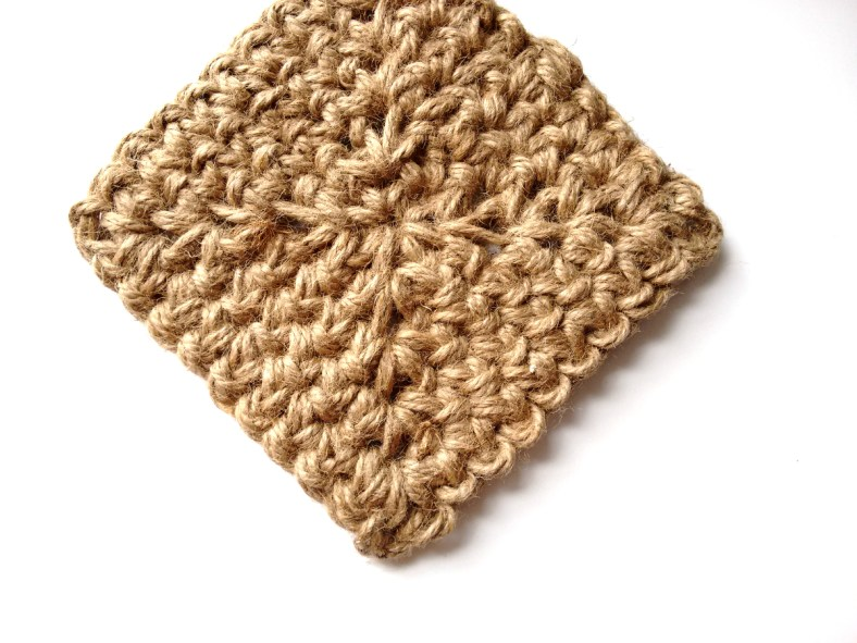 Jute Square Crochet Basket Pattern by JaKiGu 4