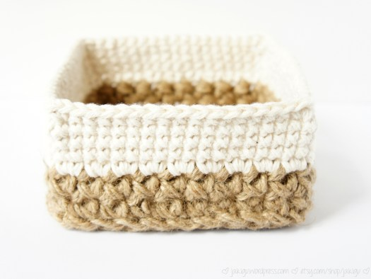 Square Jute and Cotton Stacking Crochet Baskets by JaKiGu