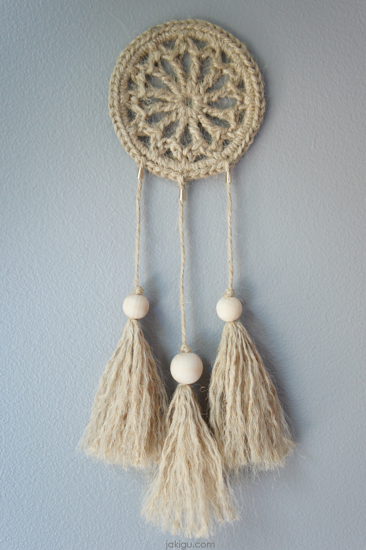 jakigu.com | crochet jute wall hanging - dreamcatcher - macrachet