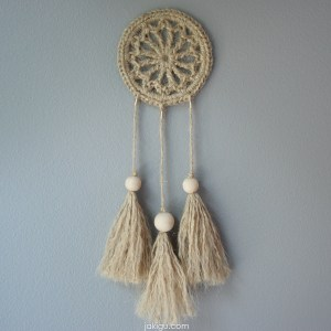 Jute Dream Catcher | | jakigu.com crochet pattern