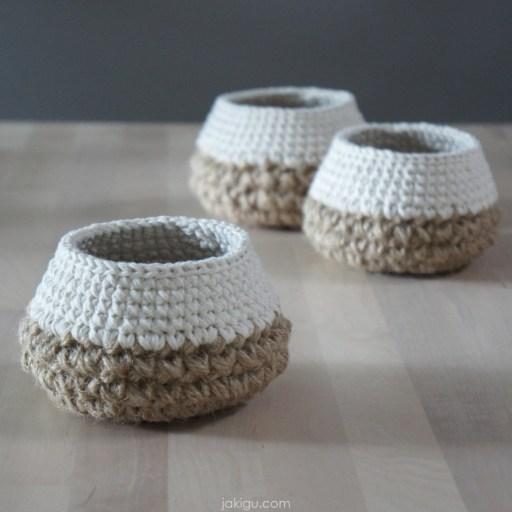 jakigu.com | Tiny Crochet Basket | crochet pattern