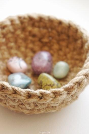 jute crochet bowl and semiprecious stones