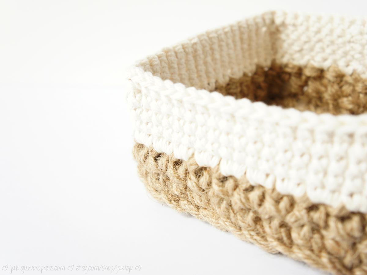 Crochet Rectangle Basket Pattern Free : free crochet pattern: large one-round snowflake ? JaKiGu