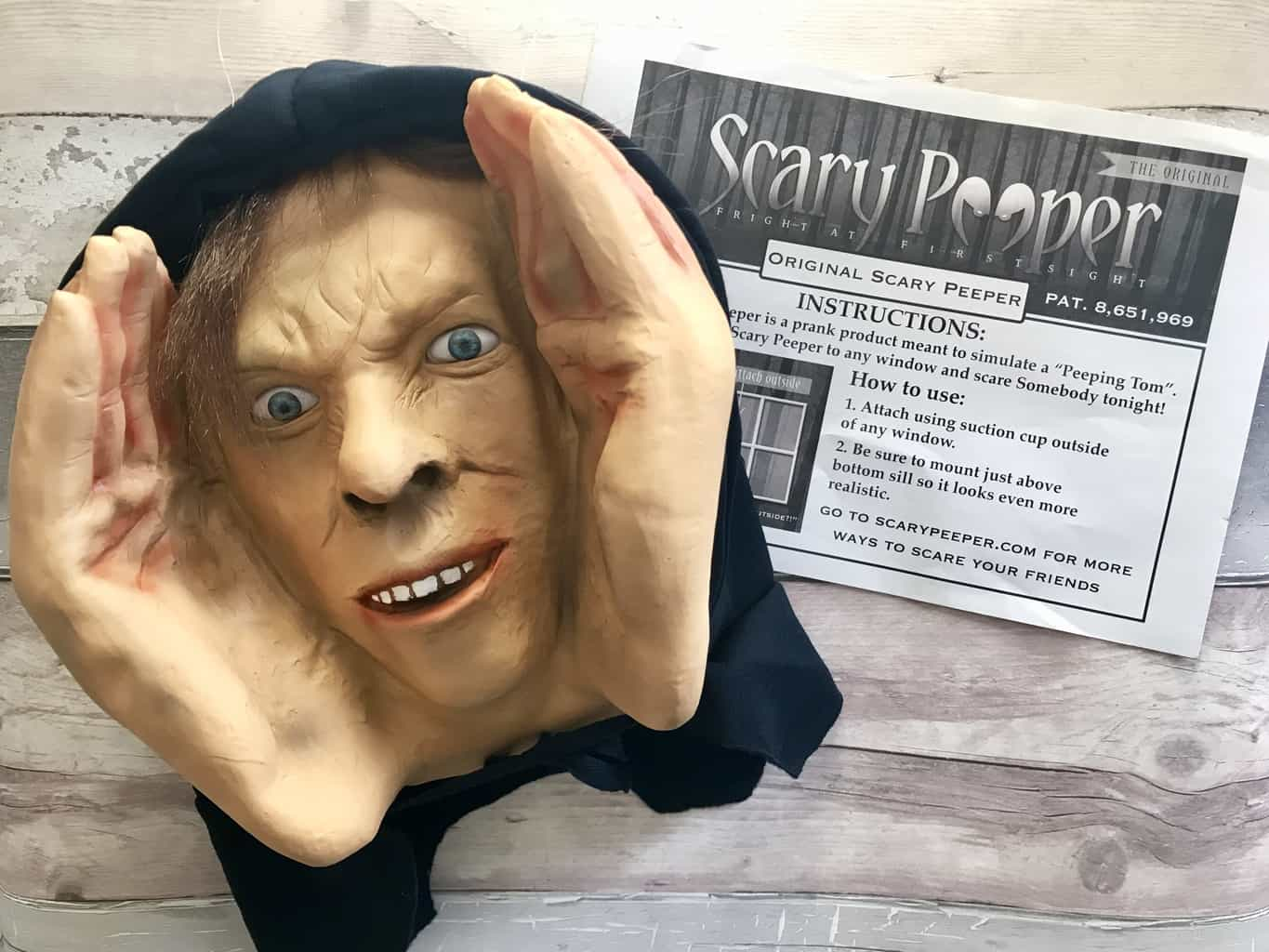Scary Peeper Peeping Tom Halloween Prop - Review + Giveaway!