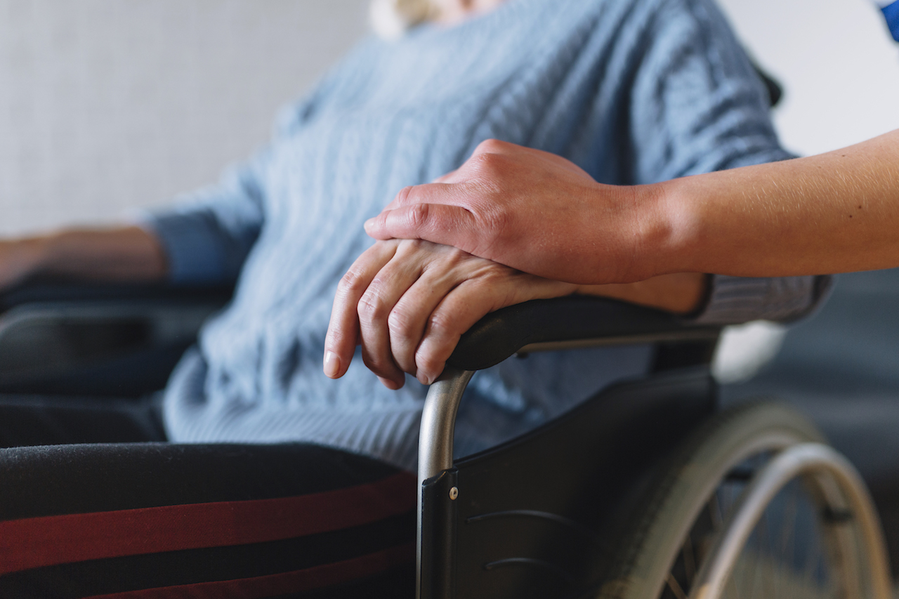 7 Red Flags That Indicate the Presence of Elder Abuse in Nursing Homes