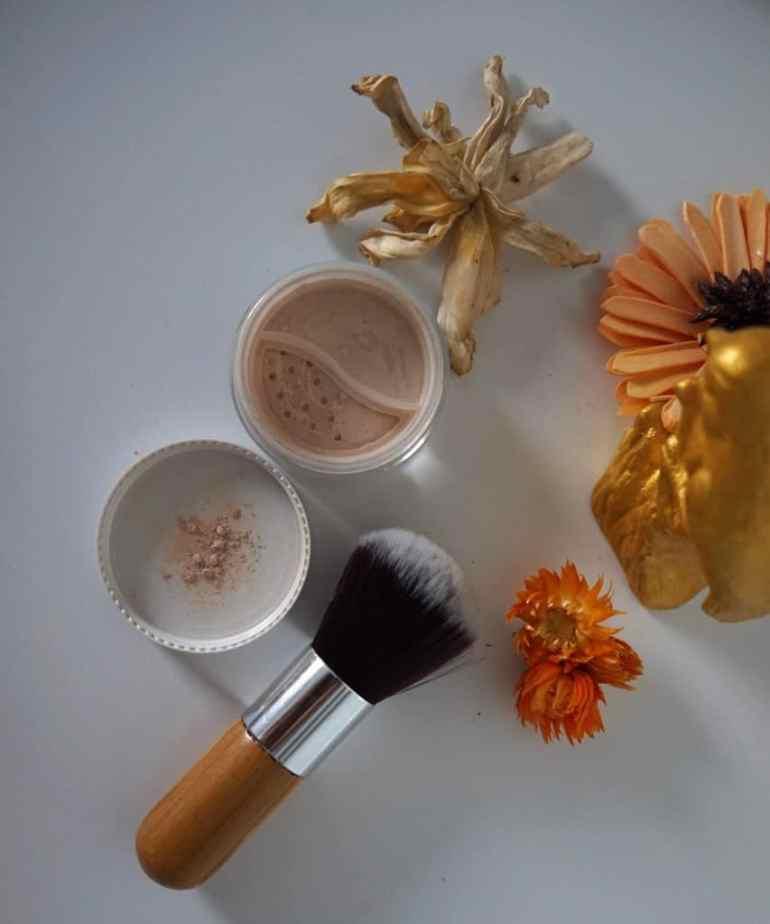Annabelle Minerals, Annabelle Minerals, cienie mineralne | swatche i opinia, Jak naturalnie, Jak naturalnie