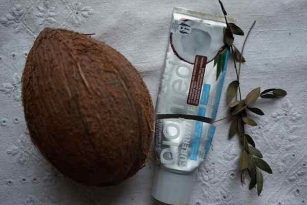 Biomed SuperWhite, pasta do zębów bez fluoru