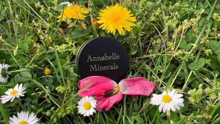 Annabelle Minerals, Rozświetlacz mineralny Royal Glow
