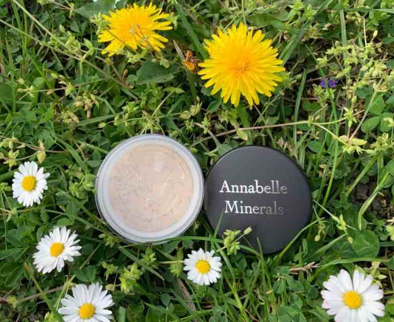 Royal Glow mineral highlighter