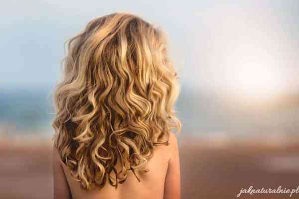 DIY Maska na porost włosów: drożdże, Tulsi i glinka