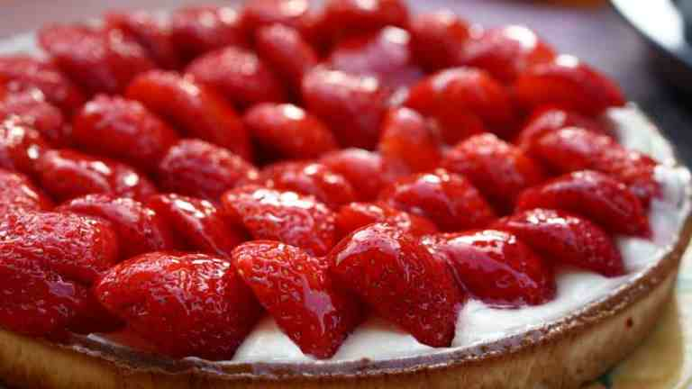 Ciasto wegańskie z owocami