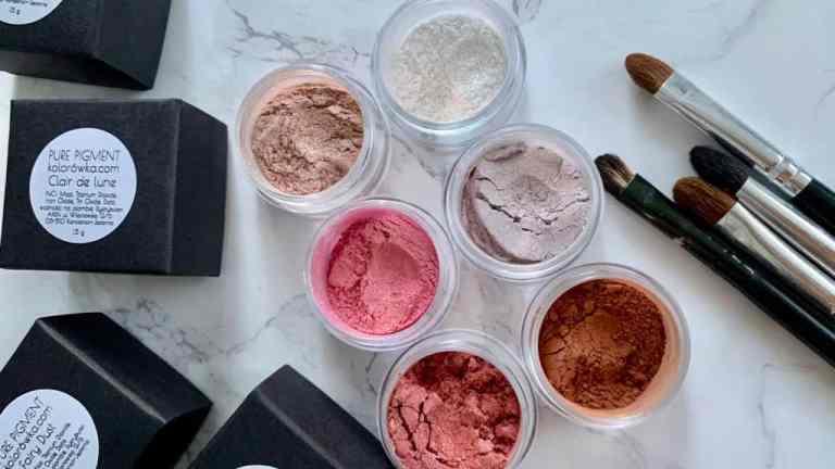 Kolorówka.com | nowości w mineralnym makijażu