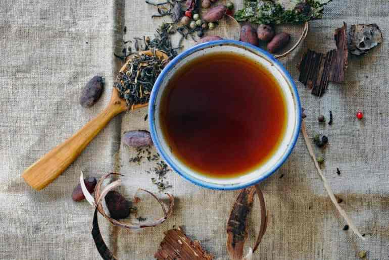 Płukanka do włosów z herbaty