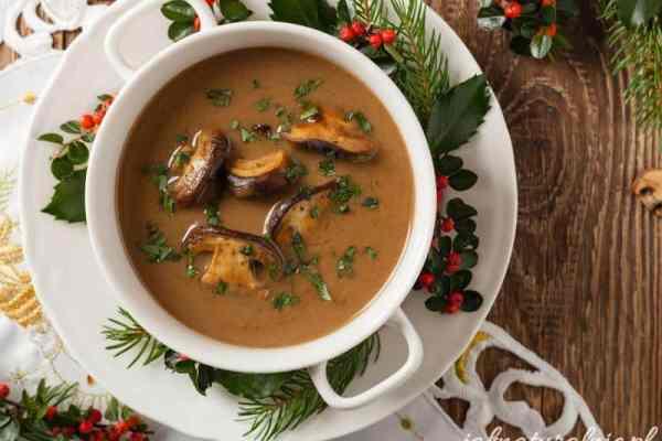 Zupa grzybowa wigilijna, z suszonych grzybów