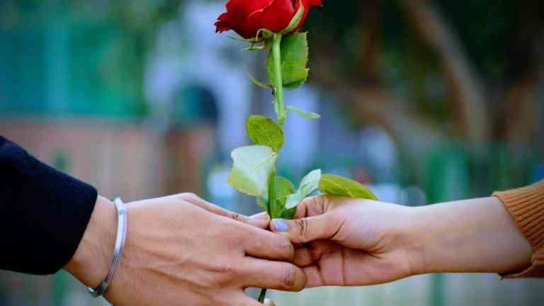 Walentynki 2021 | Top 5 najlepsze prezenty dla niej