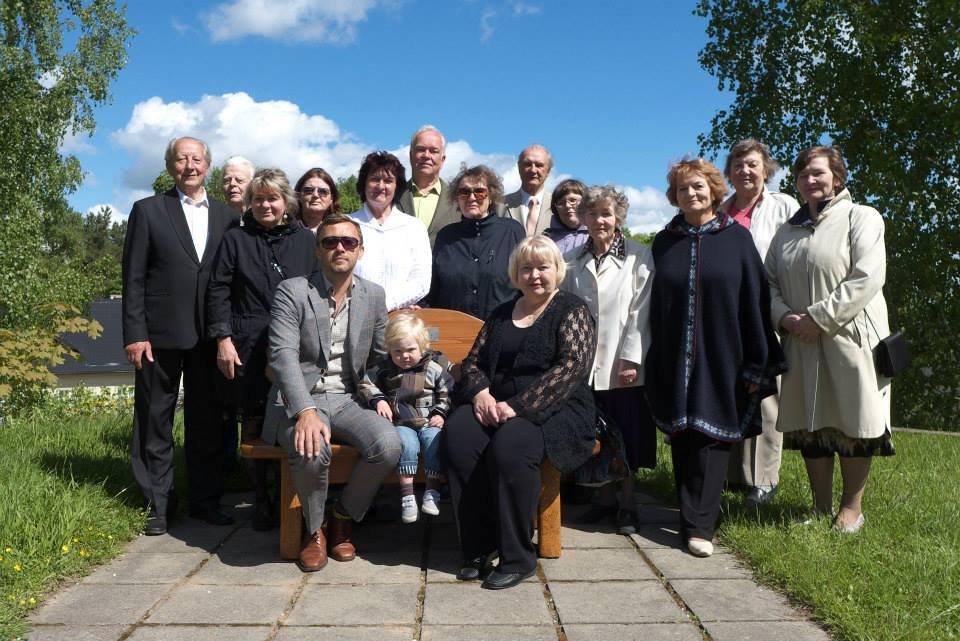 Avati pühenduspink seltsi kauaaegsele esimehele Rein Villale